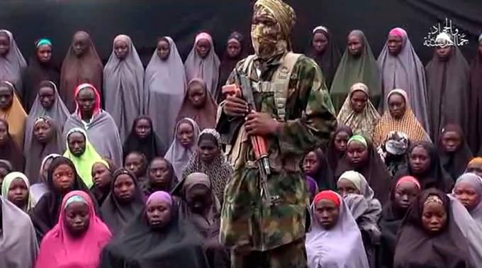 Boko Haram libera 21 niñas de Chibok secuestradas en 2014