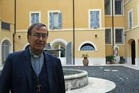 """Mons. Bertin: """"Hemos consagrado de nuevo la capilla de San Antonio, único lugar de culto en Somalia"""""""