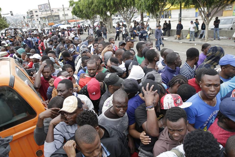 Iglesias en la frontera de México se unen para ayudar a los haitianos