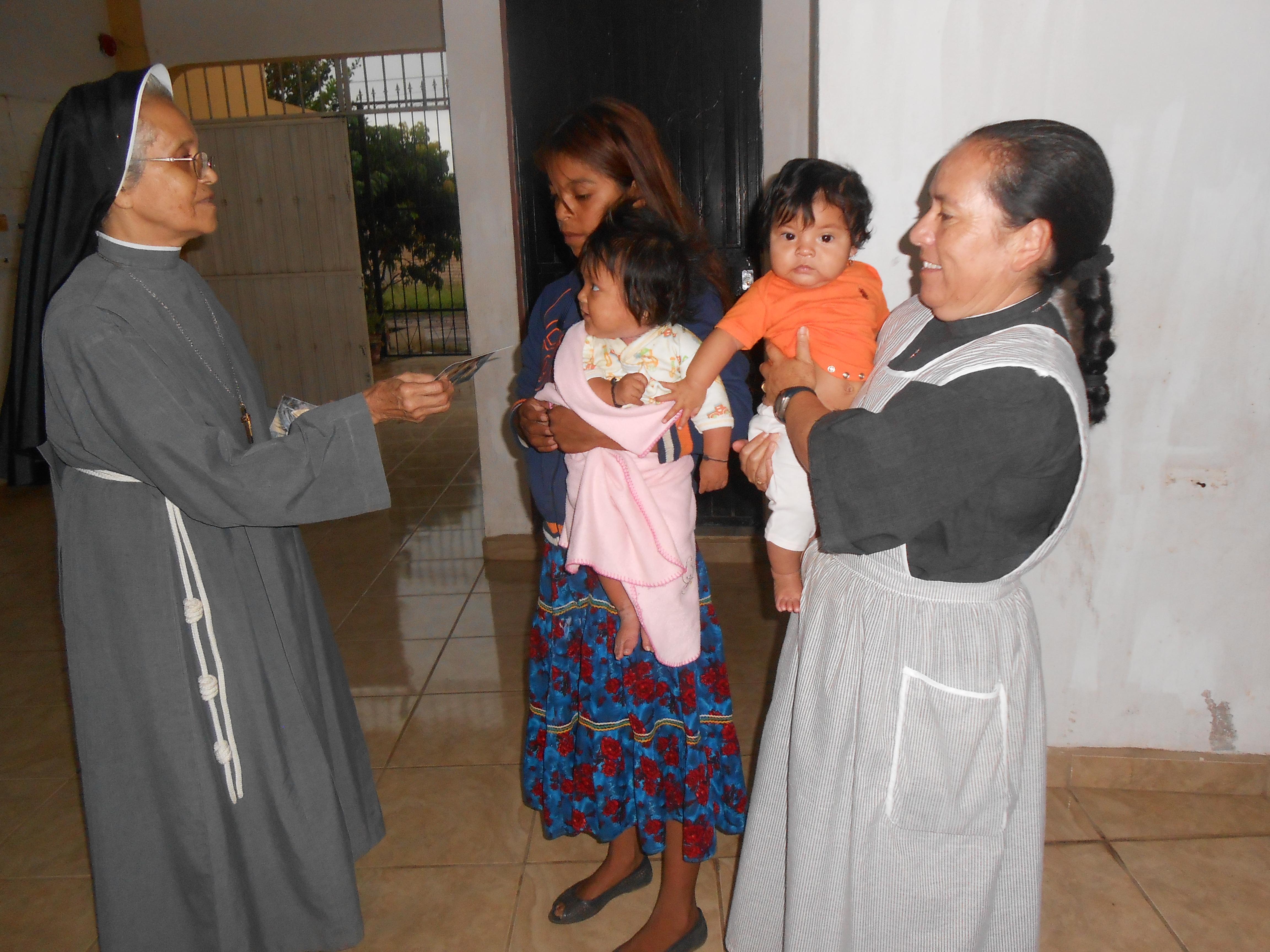 ACN en México presente a través de las religiosas que trabajan en la montaña