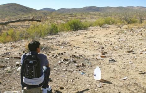 Insisten que hay crisis humanitaria de migrantes en frontera de EE.UU.