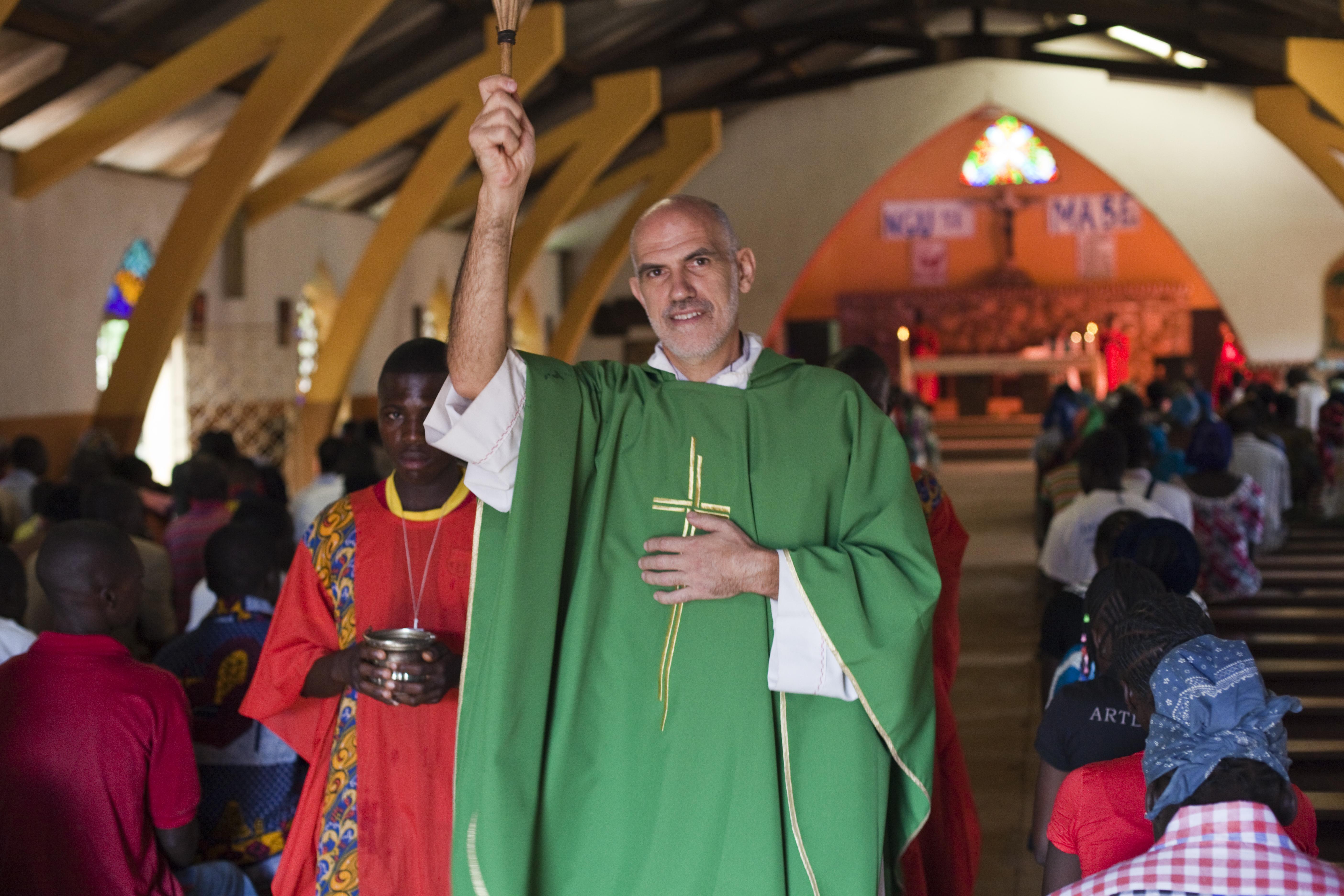 Proyecto de mes: Renovación de iglesia en Bozoum en República Centroafricana