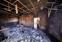 En Irak los habitantes de Qaraqosh evalúan daños del EI