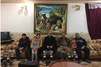 Festejan el regreso a casa de la primer familia cristiana en Teleskuf, Iraq