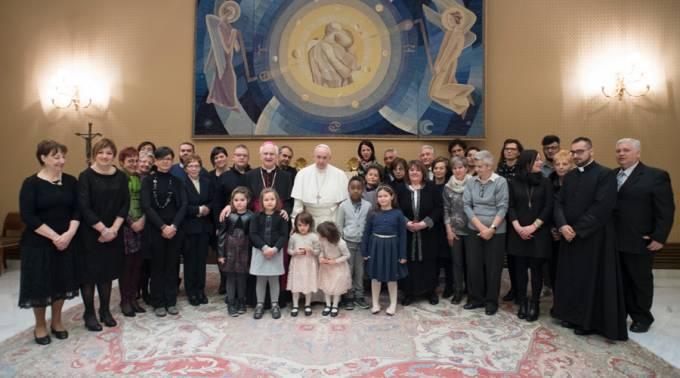 Reconoce el Papa a familiares de víctimas de atentado