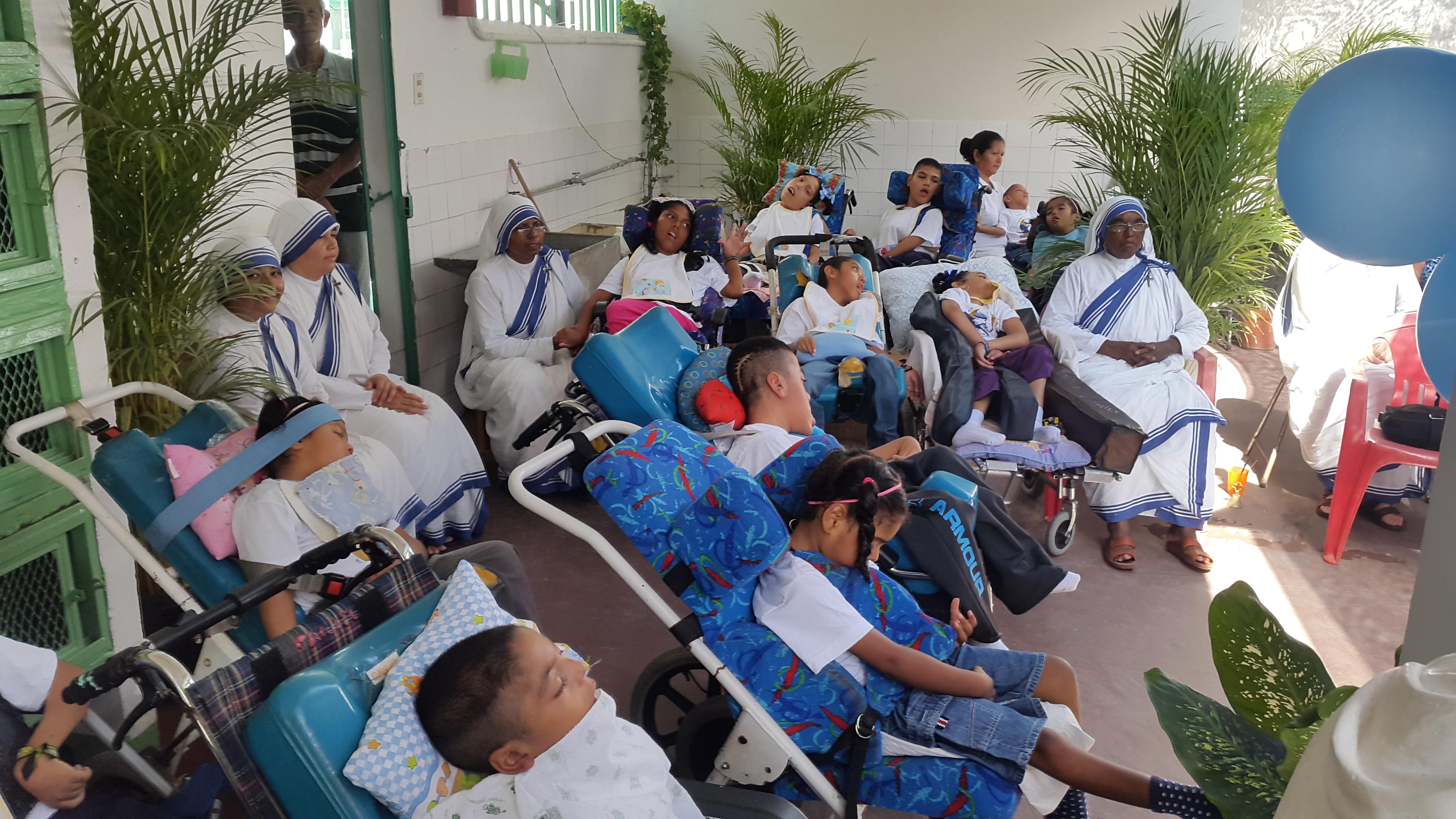 Proyecto de mes: Sustento para religiosas y diáconos venezolanos