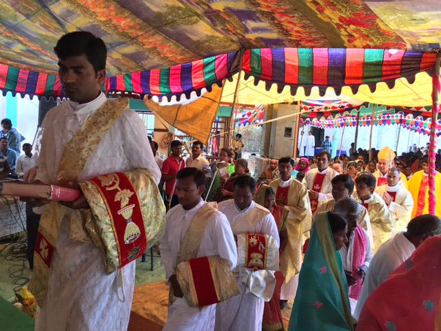 Proyecto de mes: Ayuda a la formación de 22 jóvenes religiosos en la India