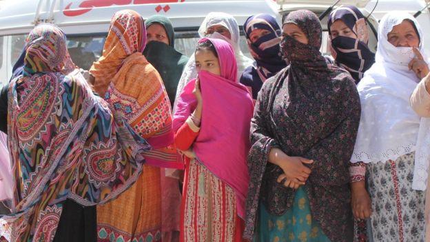 Masacre en un santuario sufí de Pakistán deja 20 víctimas