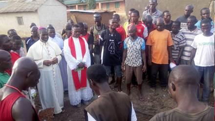 Obispo nigeriano denuncia a autoridades