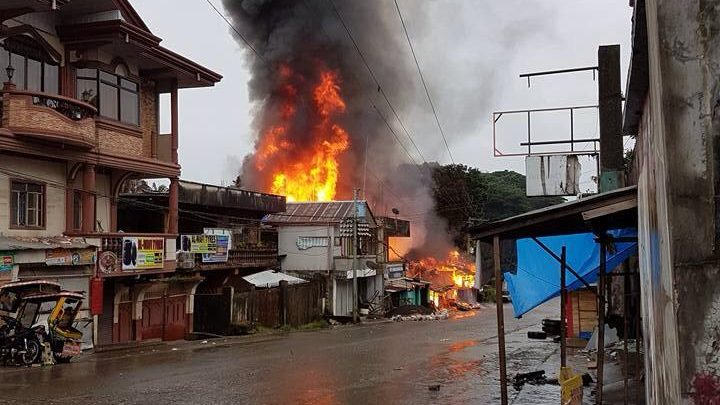 Marawi City on fire during the first day of the siege.  Photographs obtained from a Facebook album of Ms. Sittie Ainah U Balt, a Marawi resident (used with permission).