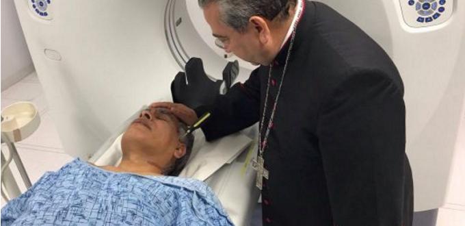 Sacerdote mexicano brutalmente atacado ofrece dolor por conversión de todas las personas