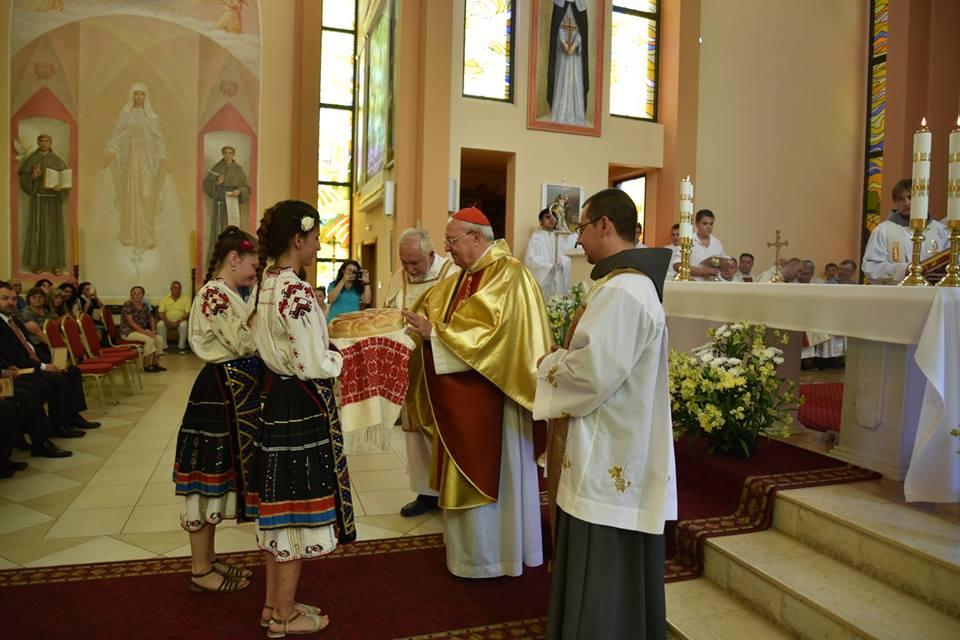 En En Bulgaria celebran a la Virgen de Fátima en templo construido con ayuda de ACN