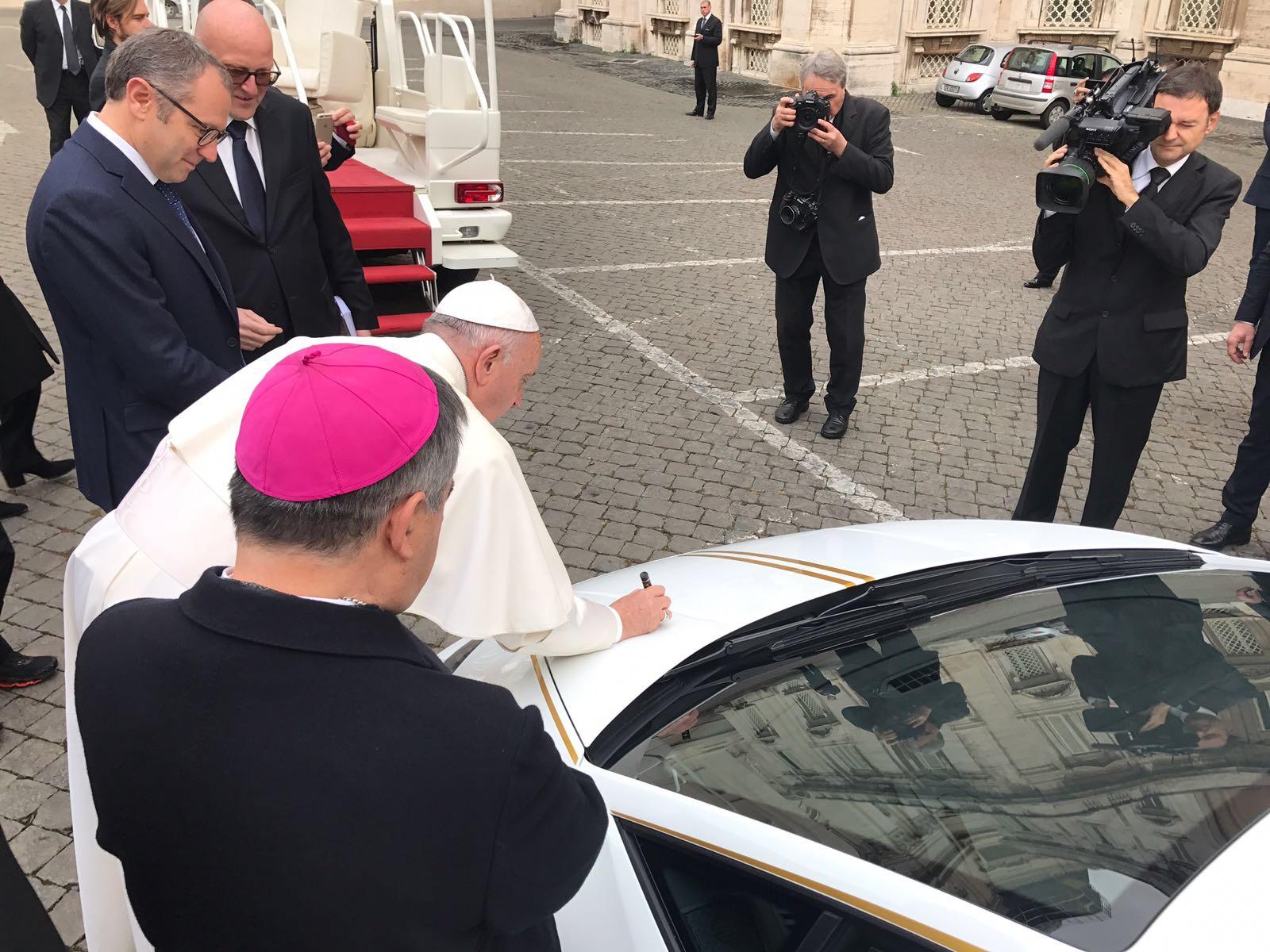 Un Lamborghini para apoyar a los cristianos en Nínive
