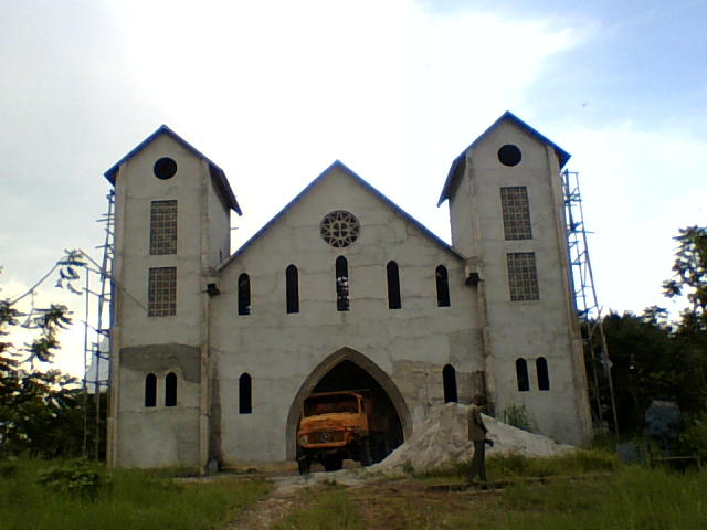 Se edifica con apoyo de ACN la Catedral de Basankusu en el Congo
