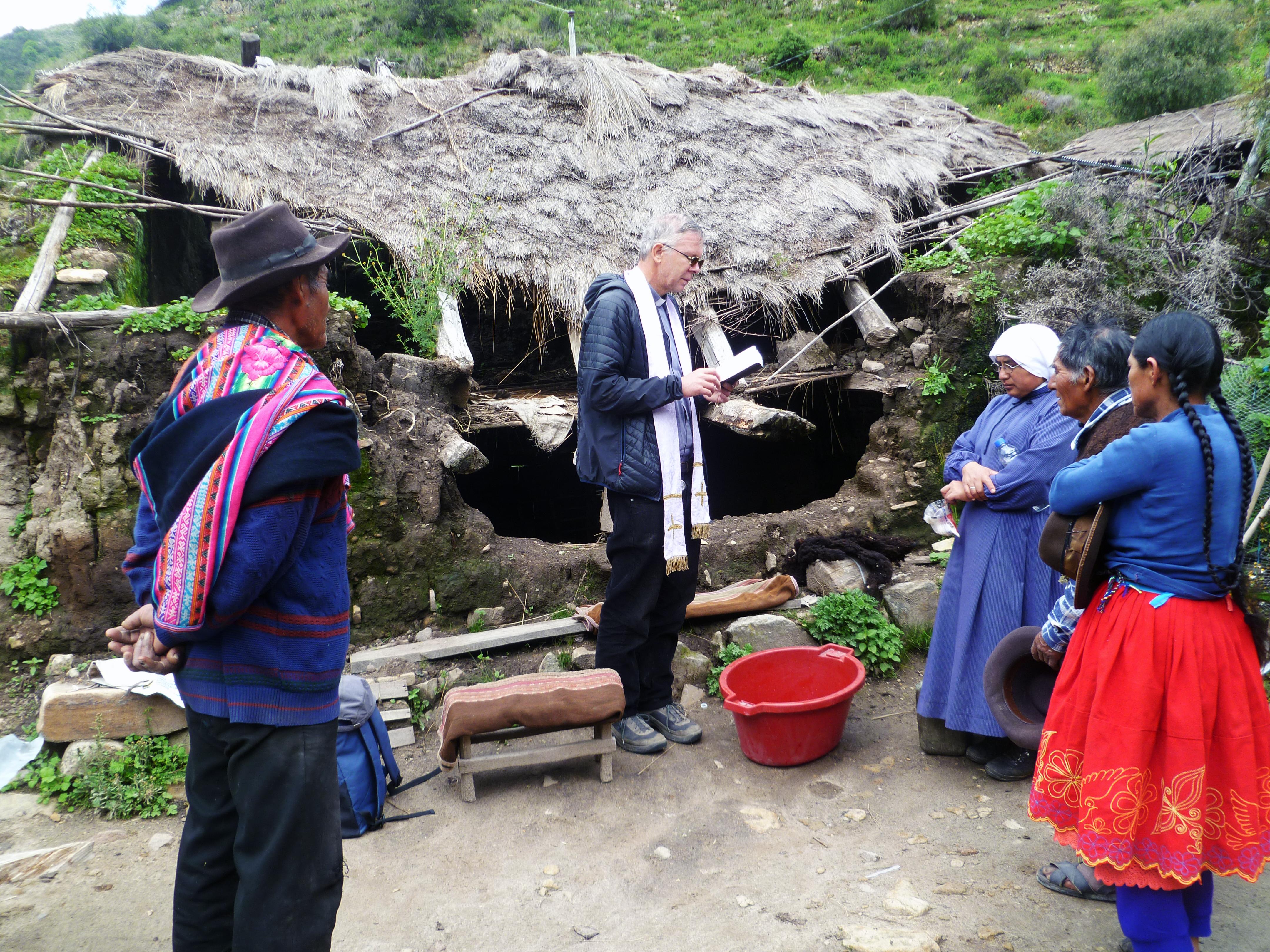 Evangelizar en los suburbios prioridad de la Iglesia en Perú: Marco Mencaglia