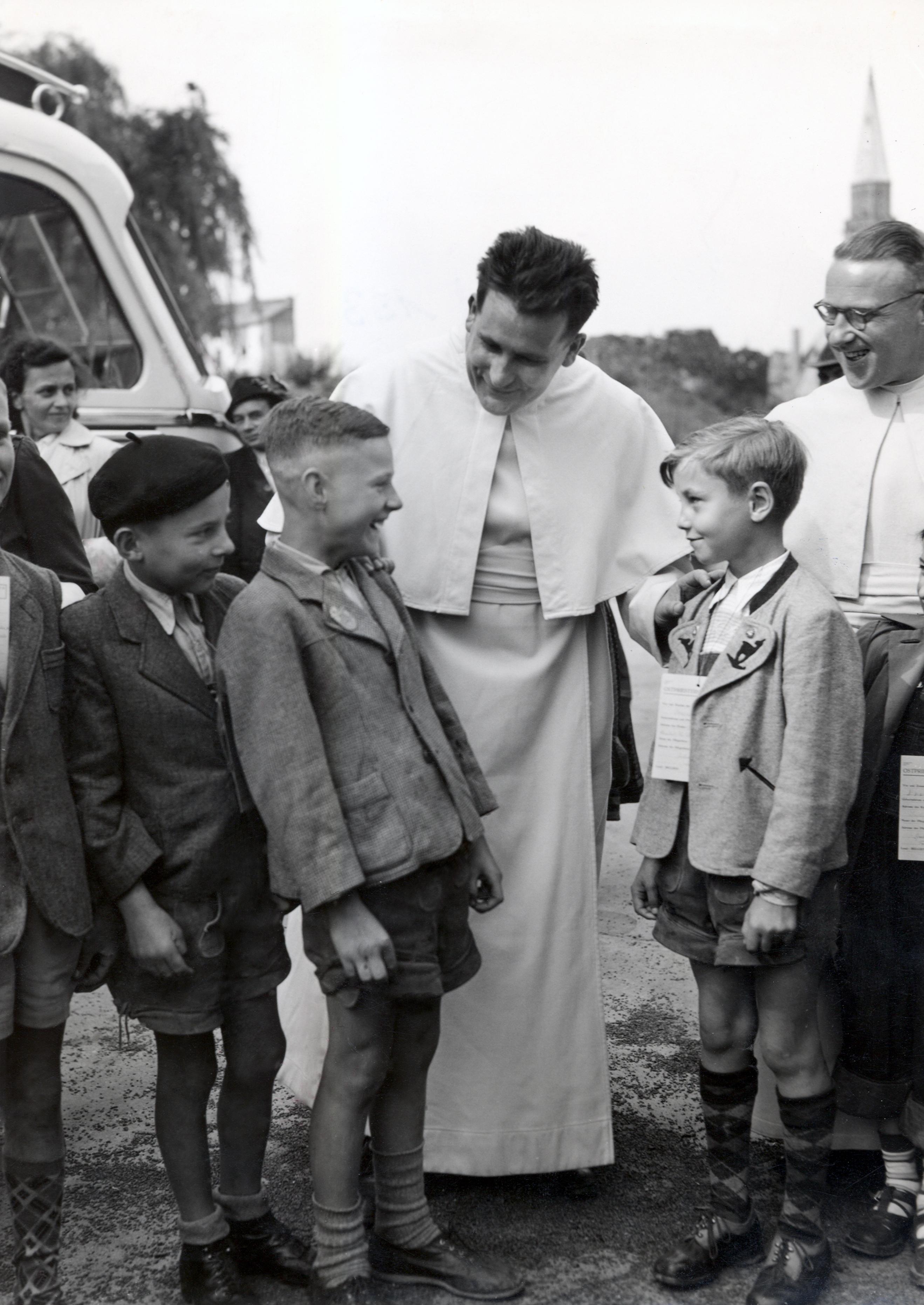 En esta Navidad recordamos el mensaje de paz y reconciliación del Padre Werenfried, fundador de ACN