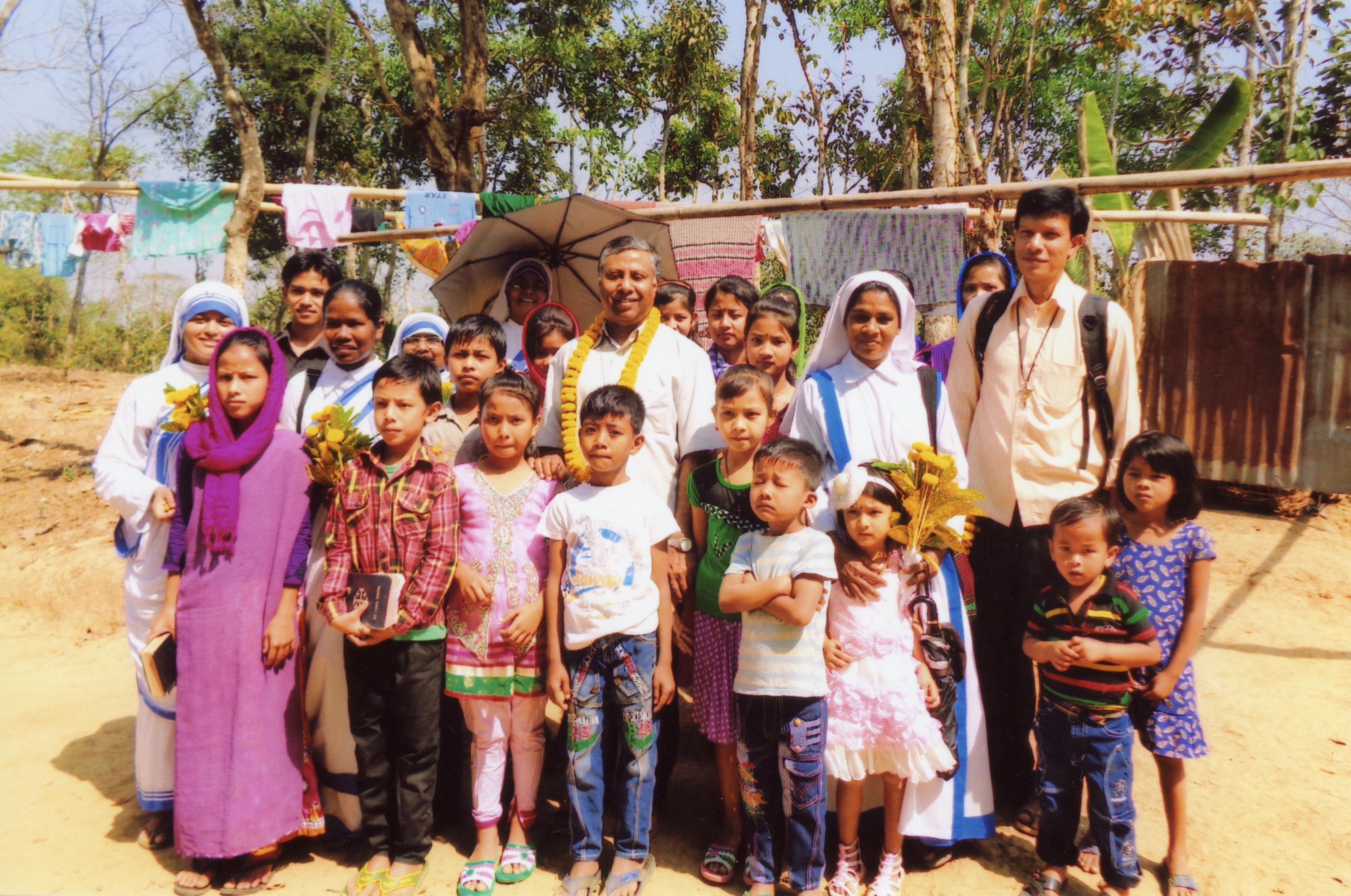 El obispo de Sylhet, al norte de Bangladesh, realiza su misión entre pobres, grupos tribales y musulmanes