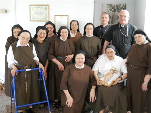Proyecto: En Argentina ayuda para el sustento de 12 Carmelitas