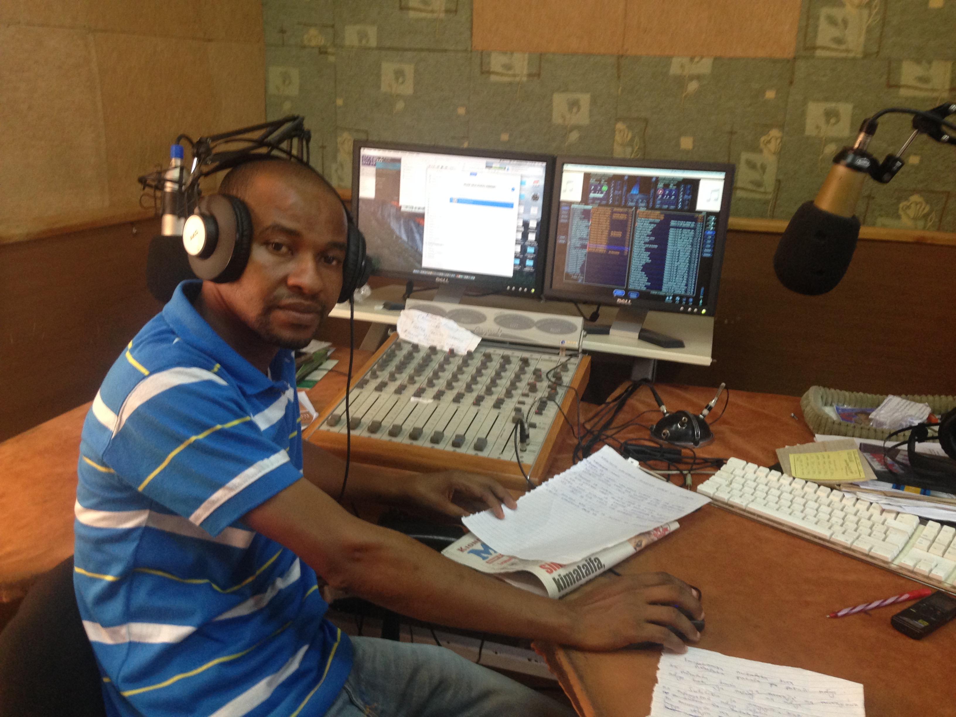 Proyecto: Un generador de luz para la radio en Tanzania