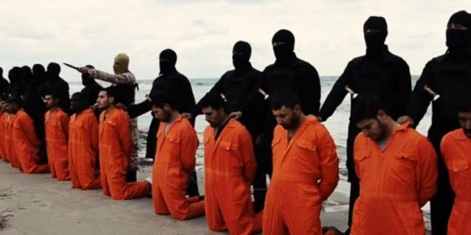 """Llegan a Egipto los restos de los """"mártires coptos de Libia"""""""