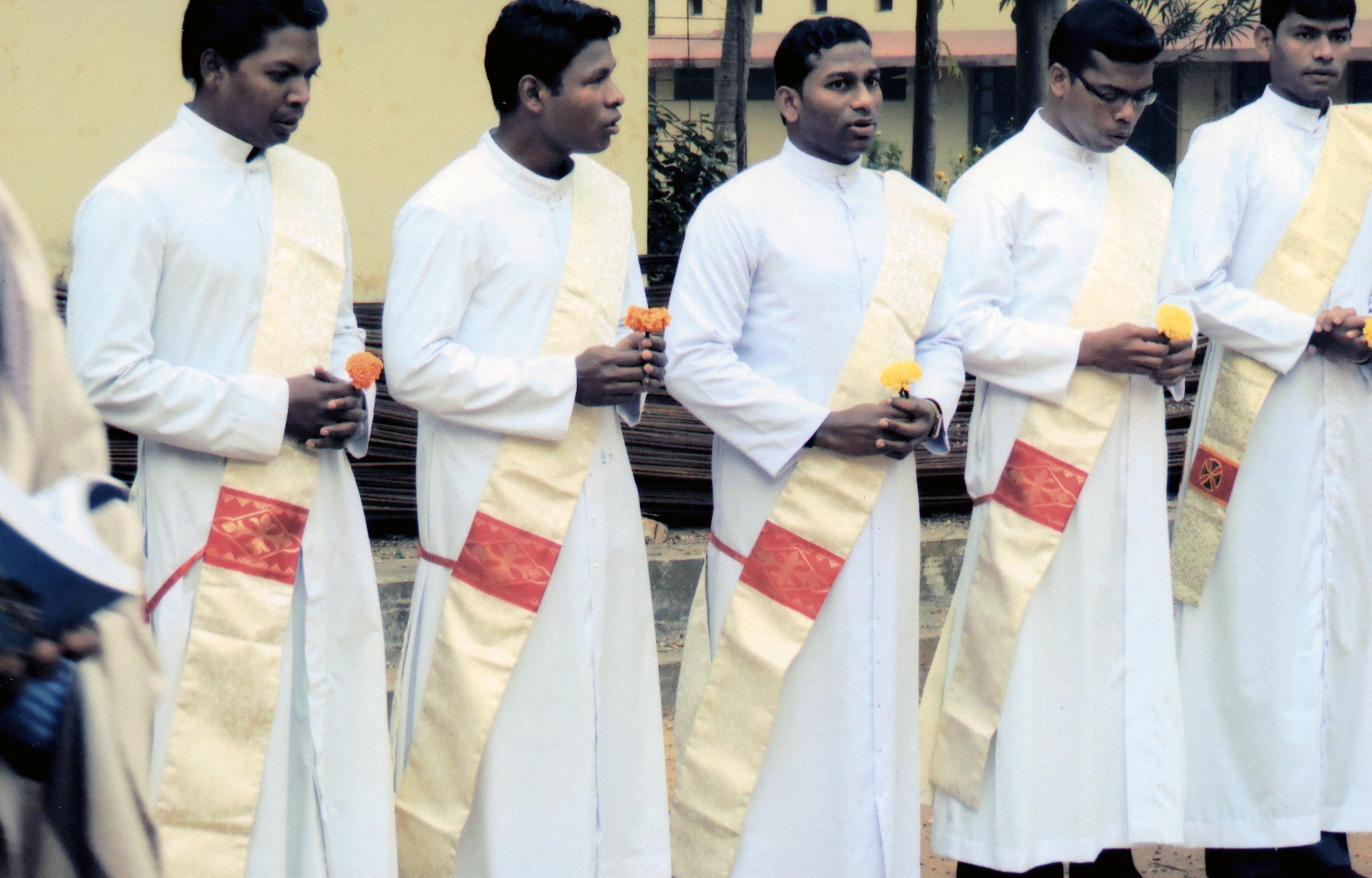 Proyecto: Ayuda a la formación para 31 futuros sacerdotes en la India