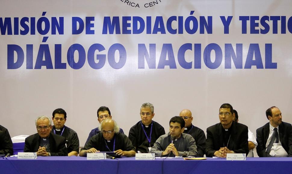 Obispos de Nicaragua son mediadores a pesar de ataques
