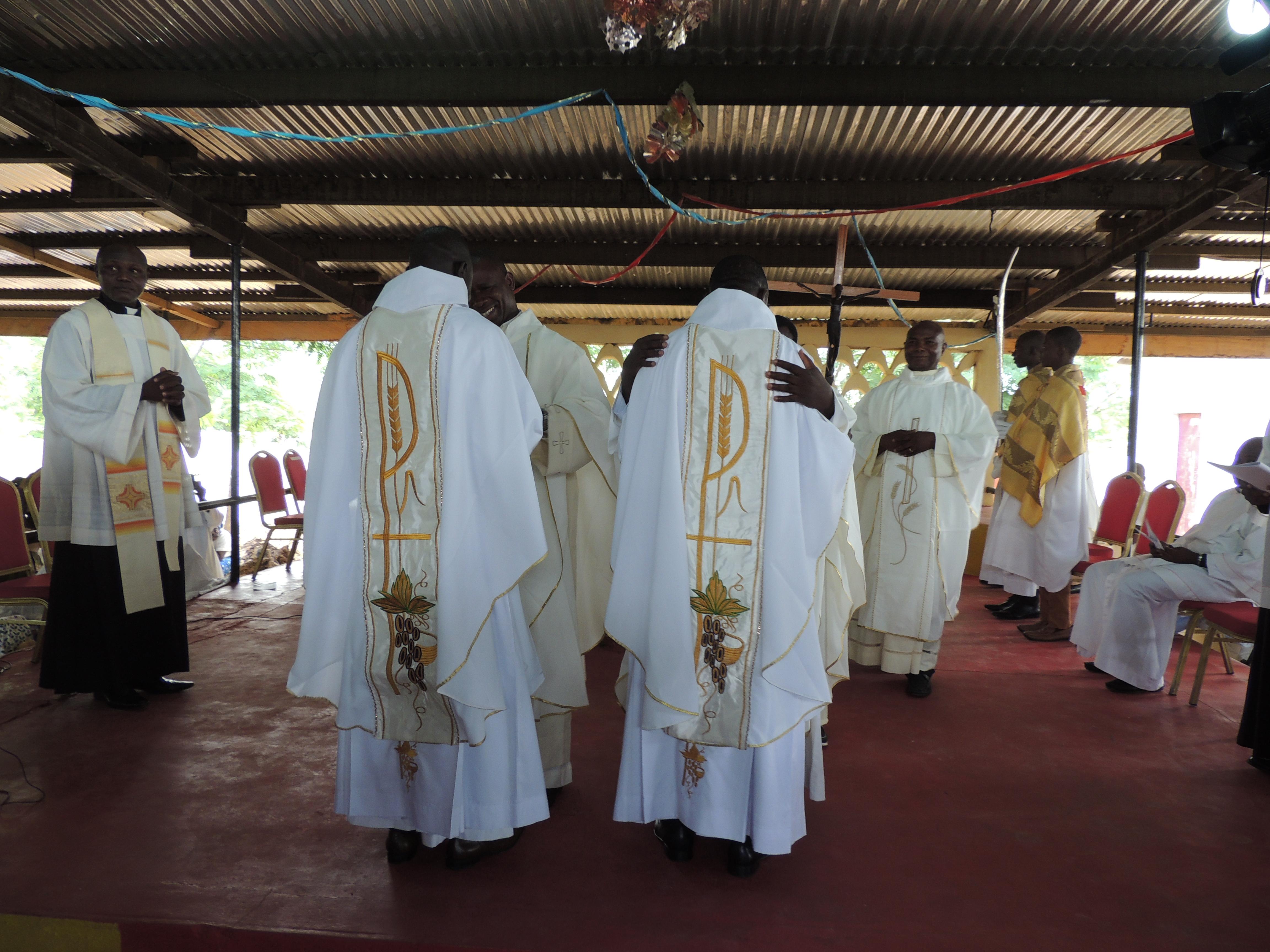 Camerún: ayuda para la formación de futuros sacerdotes que sufren terror de Boko Haram