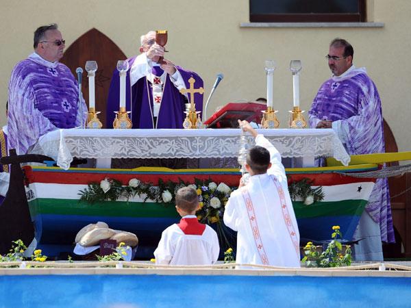 Papa Francisco celebrará Misa por los Migrantes