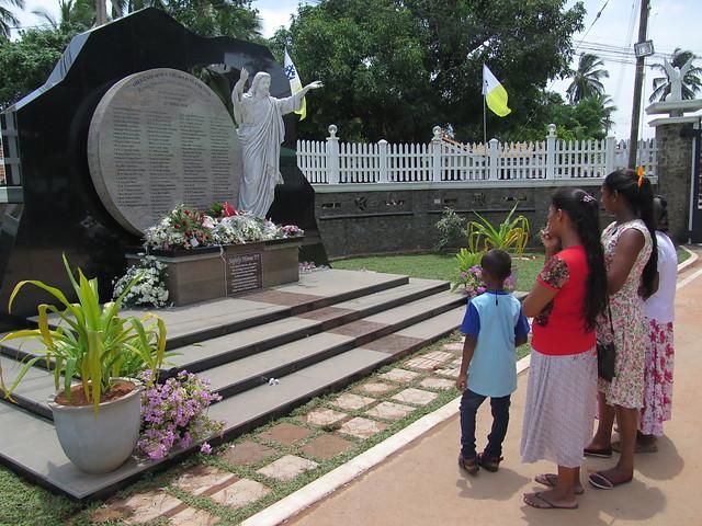 Sri Lanka: Ayuda psicológica y pastoral a las víctimas de los atentados terroristas