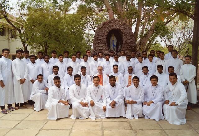 India: Ayuda a la formación de 23 futuros sacerdotes