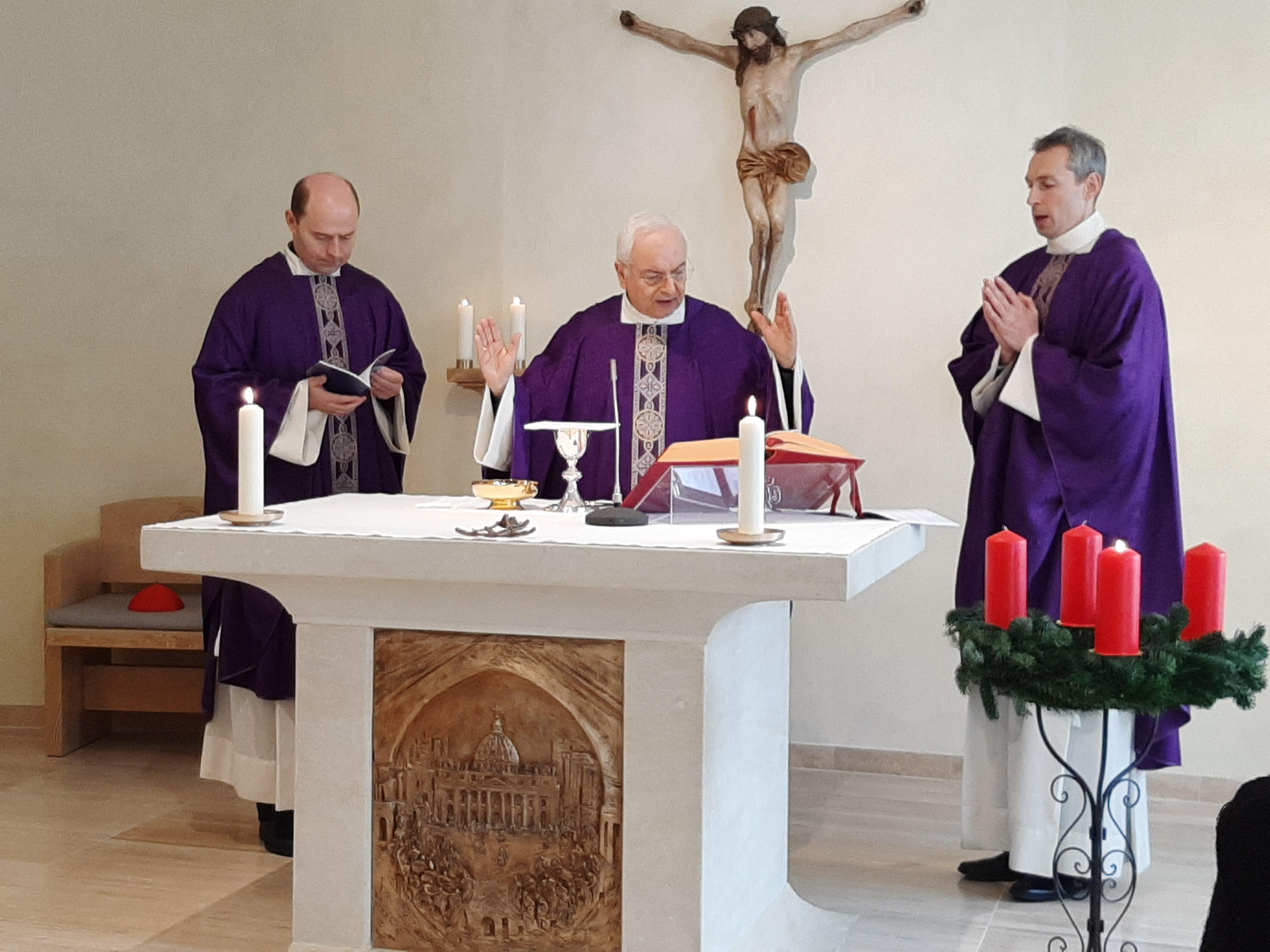 Invita Cardenal Piacenza a poner a María en el centro del tiempo de Adviento