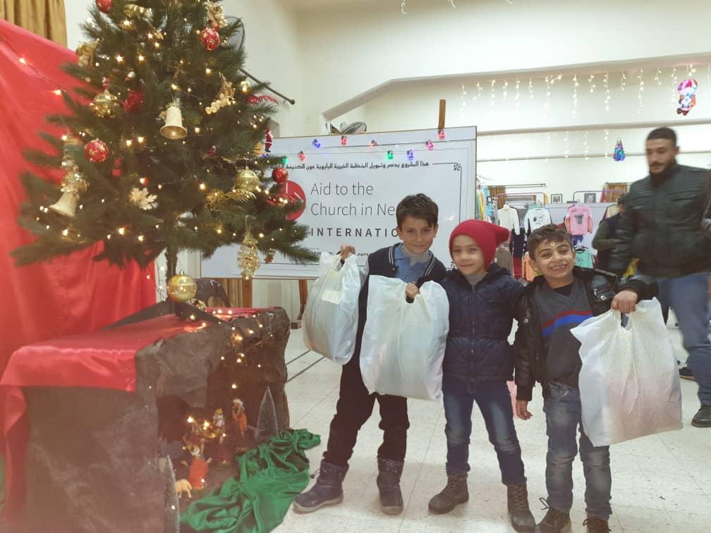 Una religiosa siria, agradecida a ACN por dibujar sonrisas en 19.000 niños esta Navidad