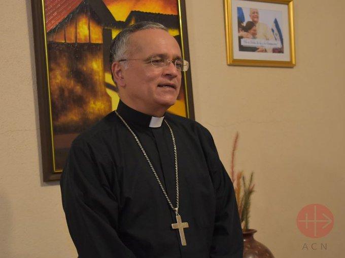El obispo Báez celebró la fiesta de la Inmaculada Concepción con la comunidad nicaragüense de Miami.