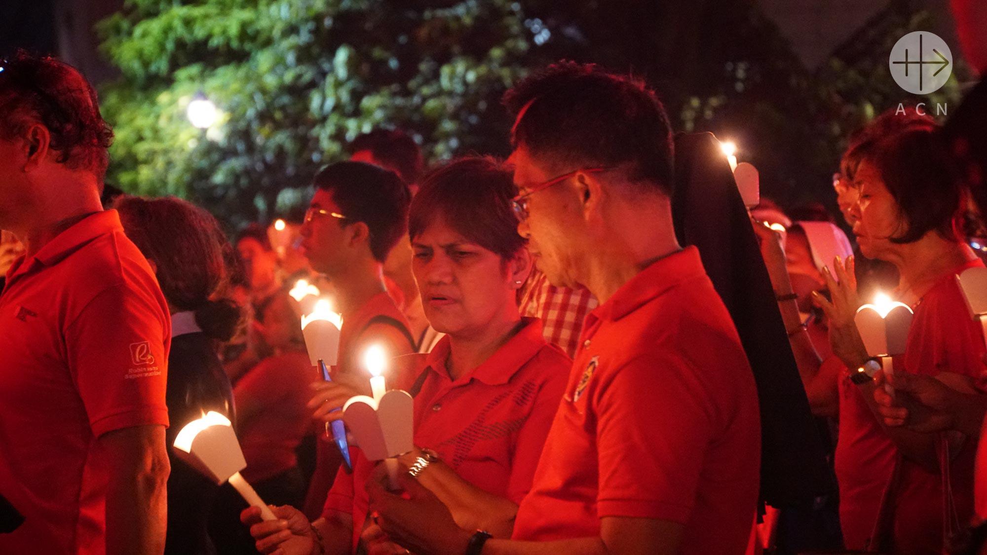 #RedWednesday, fecha oficial en el calendario de la Iglesia filipina