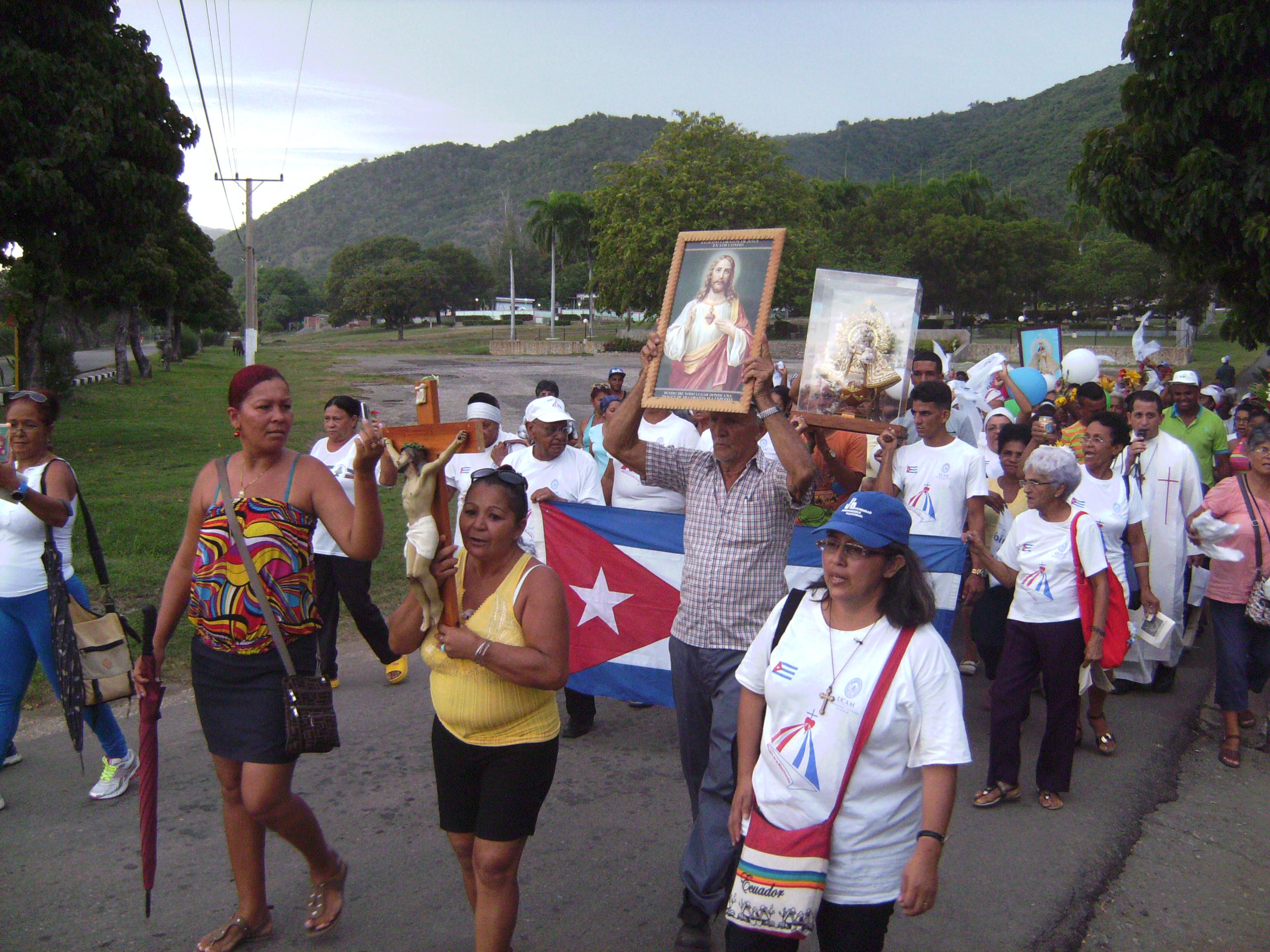 """Cuba: """"La ideología comunista ha cambiado profundamente la sociedad"""""""