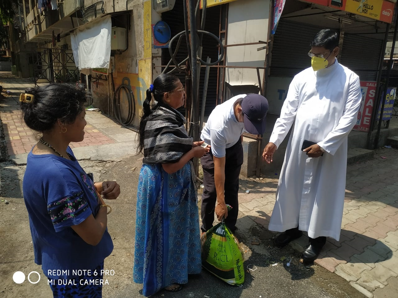 ACN apoyará a sacerdotes y religiosas que sirven en las comunidades más vulnerables por el COVID-19