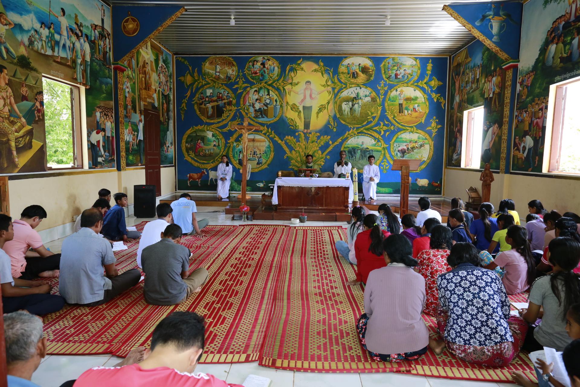 La Iglesia católica en Camboya: 30 años de renacimiento