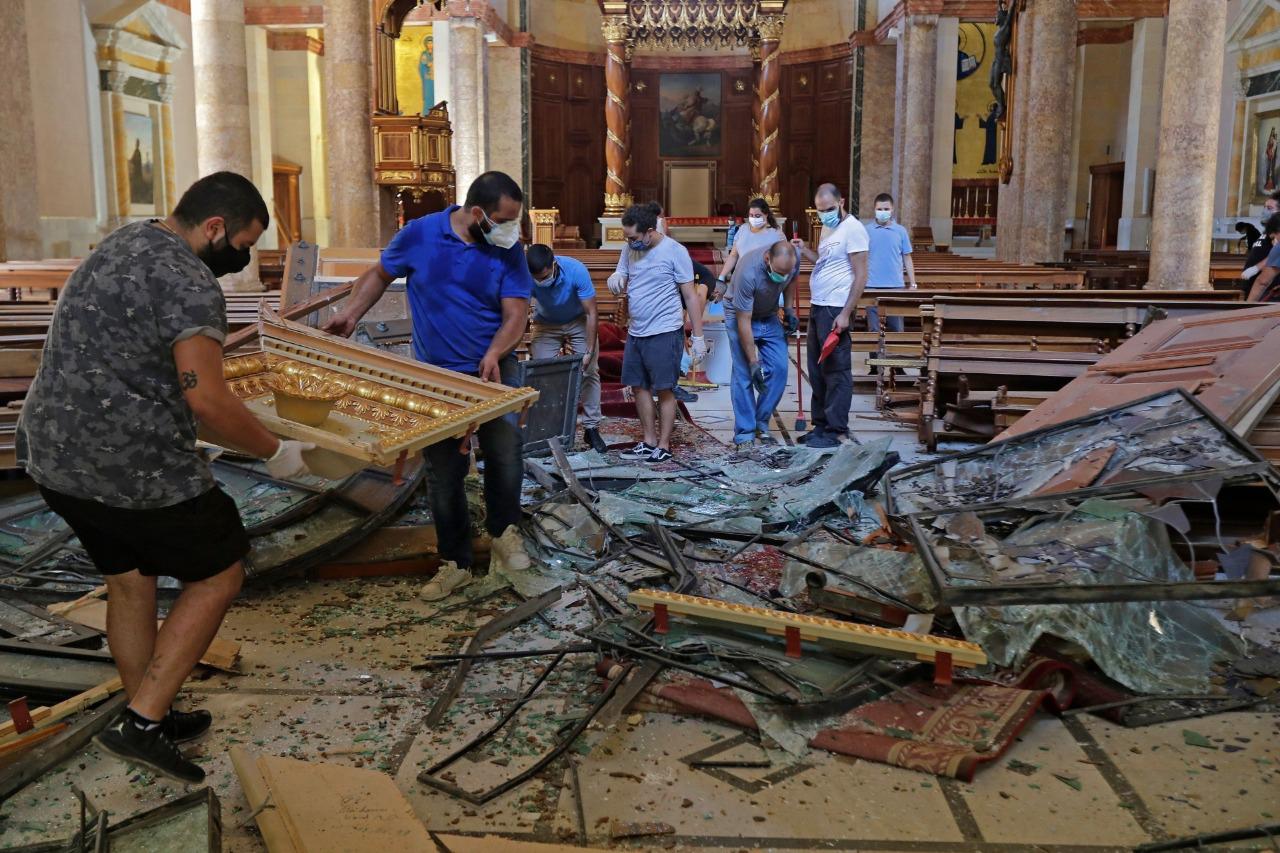 """Líbano: """"A lo largo de los 15 años de guerra civil nunca habíamos presenciado tal destrucción de un golpe"""""""