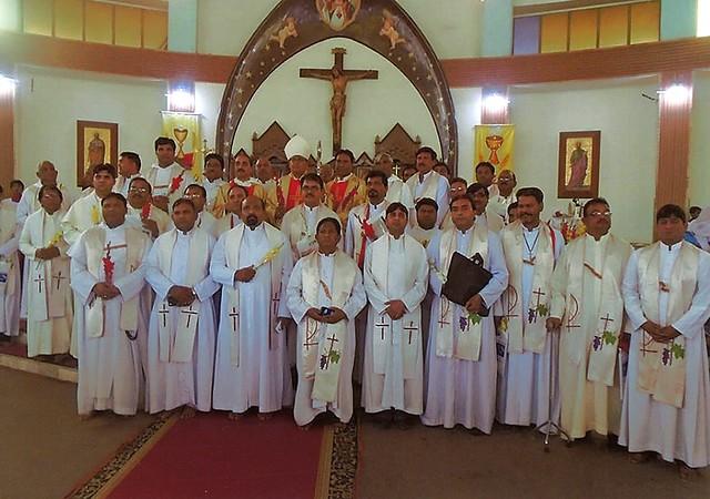 Pakistán: Jornadas de retiro para los 55 sacerdotes de la Diócesis de Faisalabad