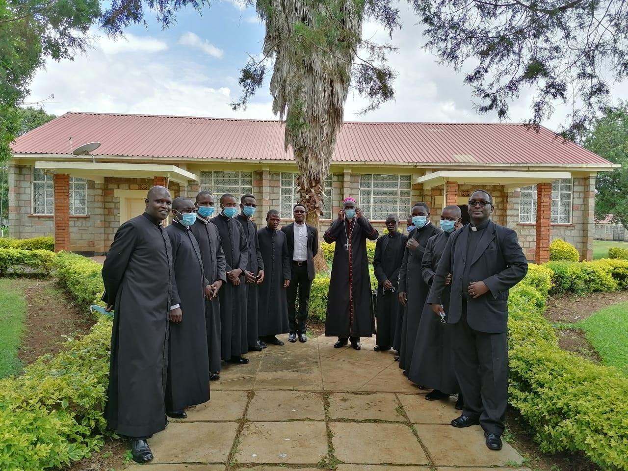 Kenia: Ayuda a la formación de 81 sacerdotes