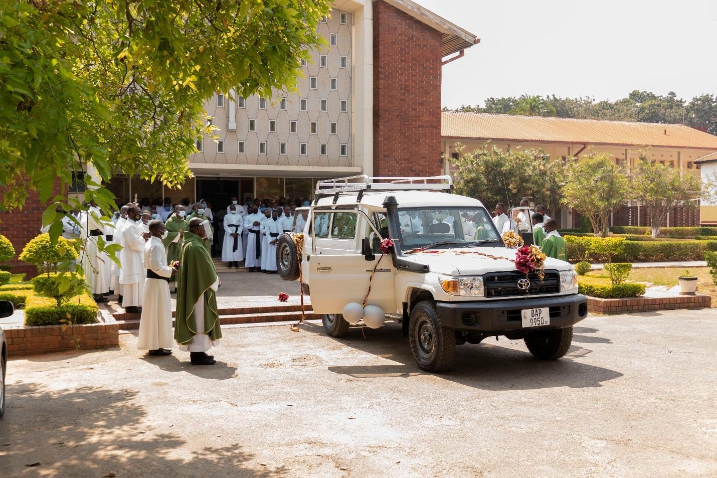 Un coche para el seminario mayor de Lusaka en Zambia