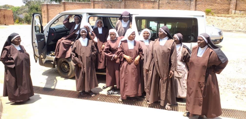 Malaui: Un vehículo para las Carmelitas de Zomba
