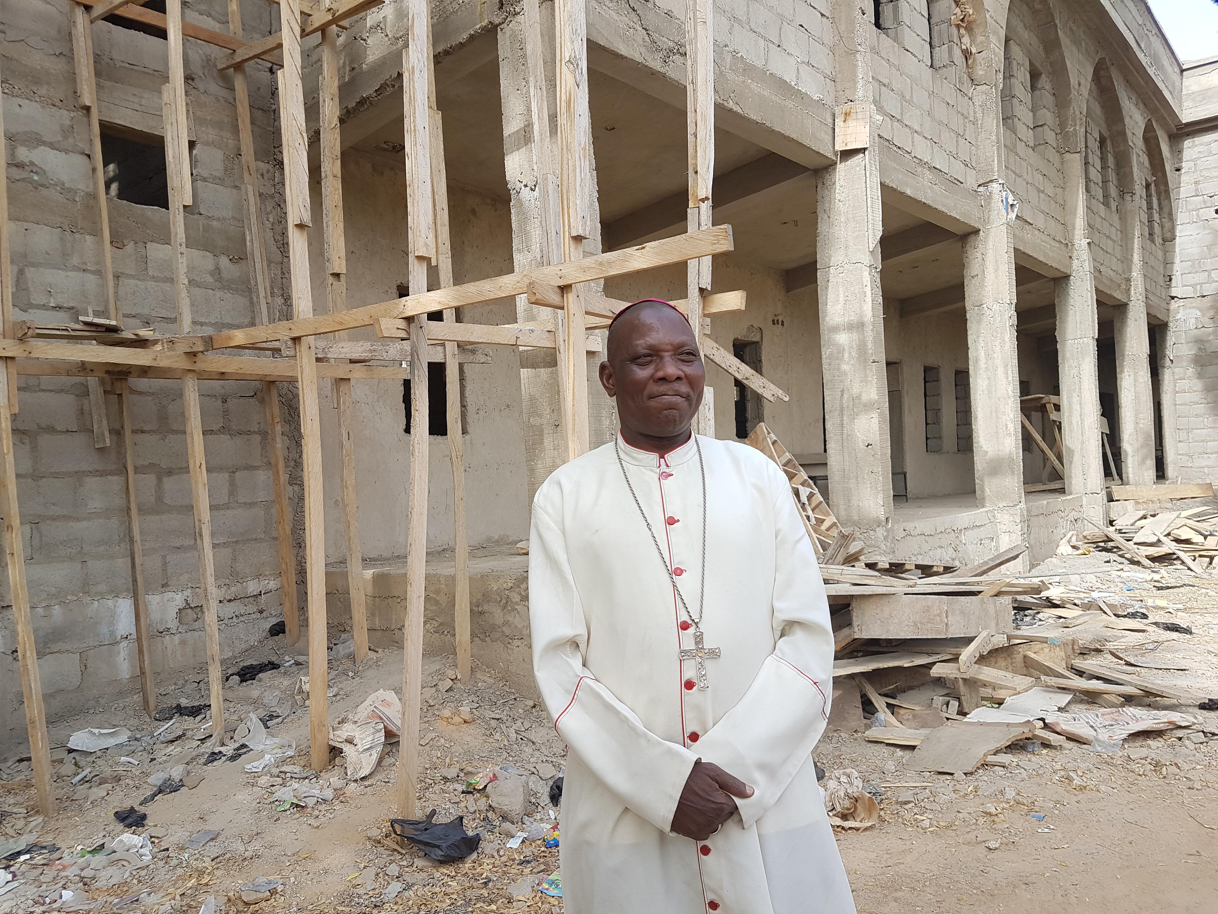 Nigeria pide rezo del Rosario en contra del extremismo islamista en África