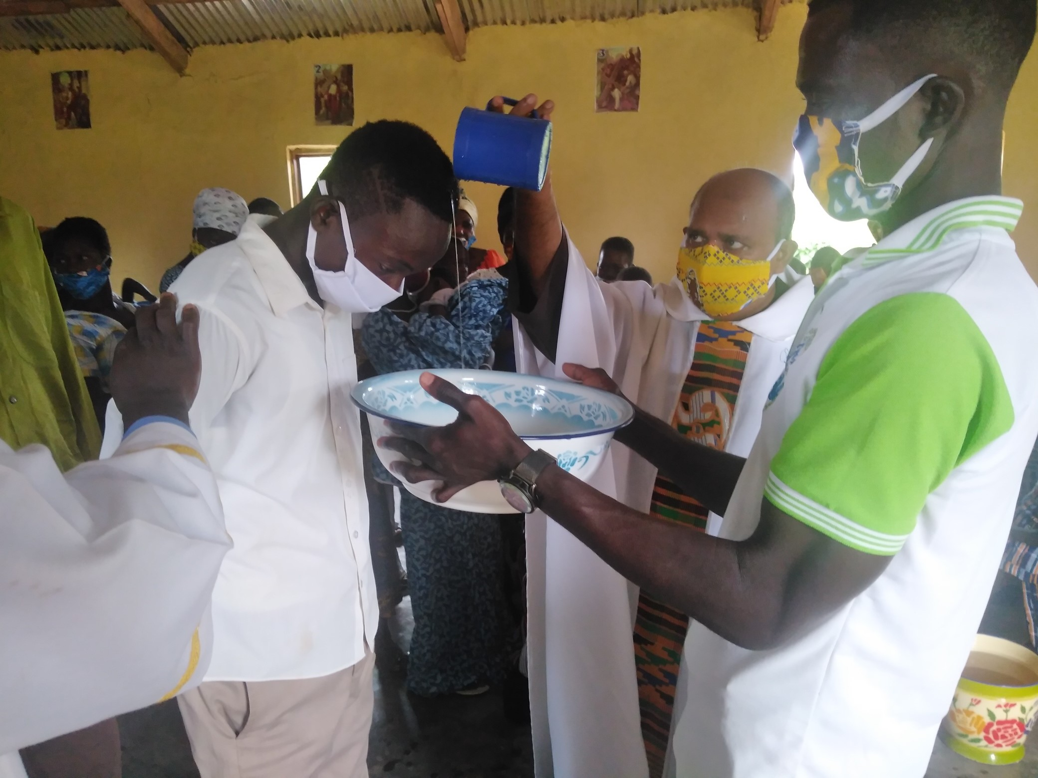 Ghana: Un vehículo para los Capuchinos de la parroquia de San Miguel en Kpassa