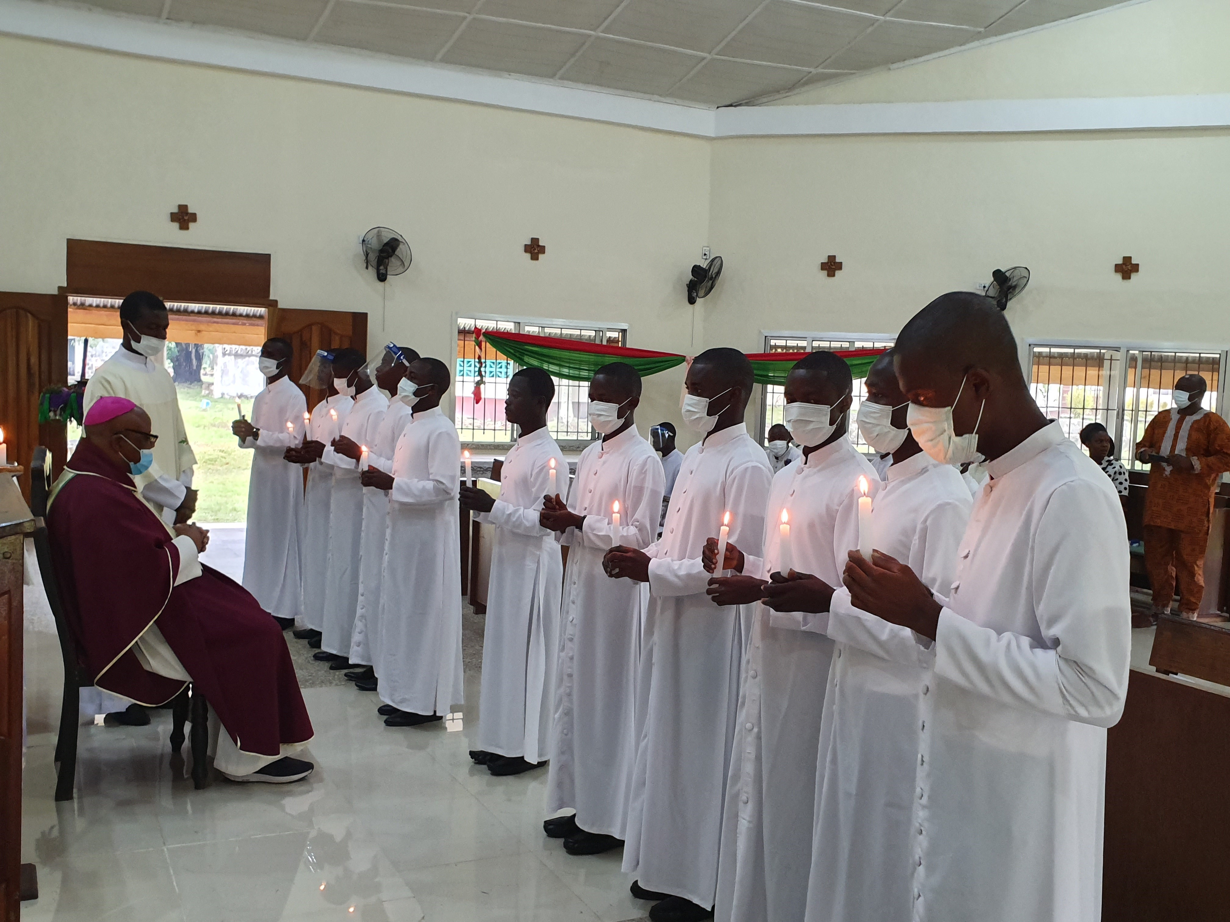 Liberia: Estipendios de Misa para los formadores del seminario mayor de Gbarna