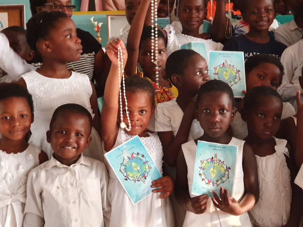Un millón de niños rezando el rosario puede cambiar el mundo