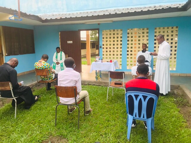 Congo: ayuda a la formación de 59 futuros sacerdotes