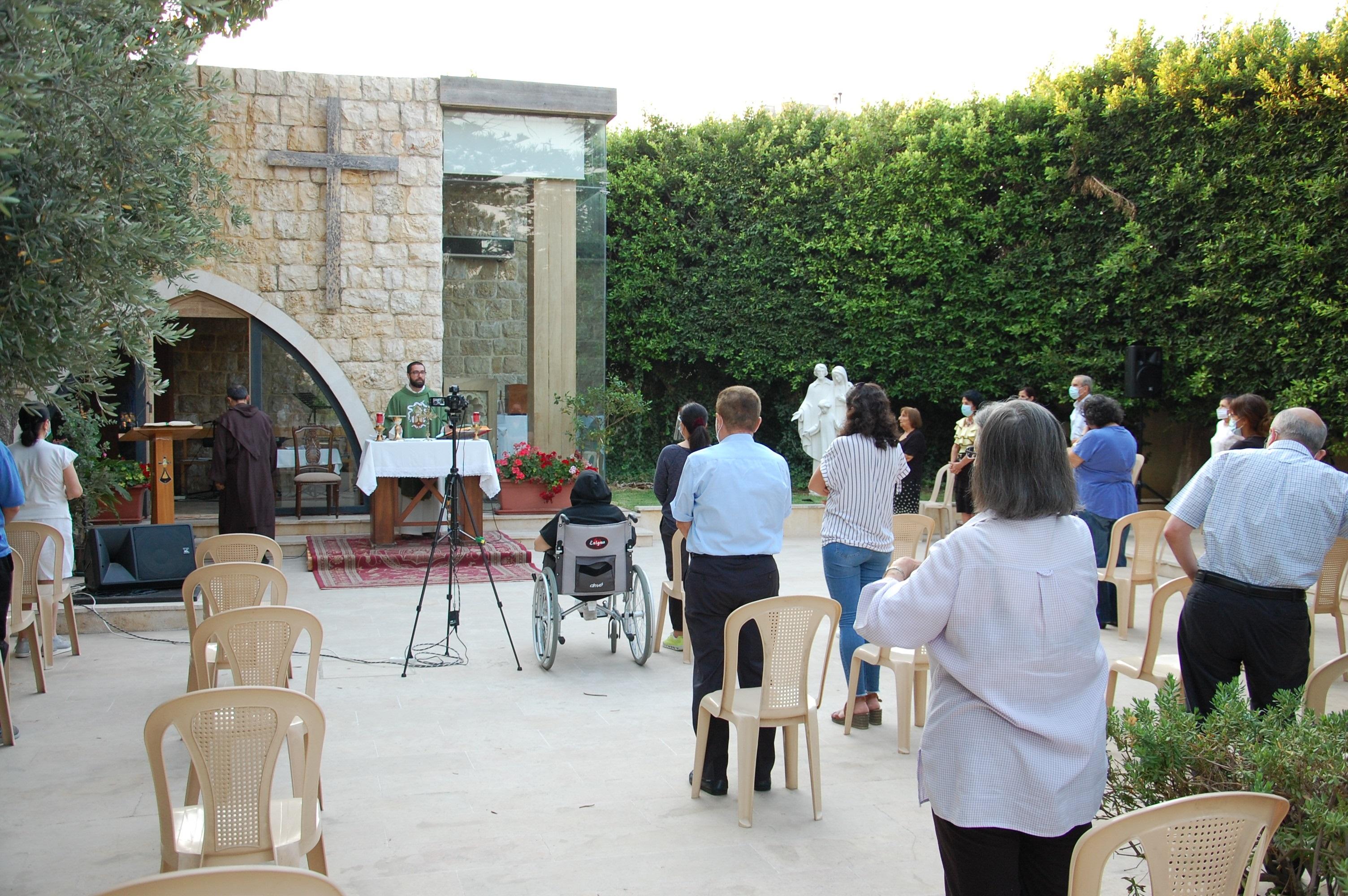 Líbano: Monasterio carmelita atrae a gente de todas las confesiones