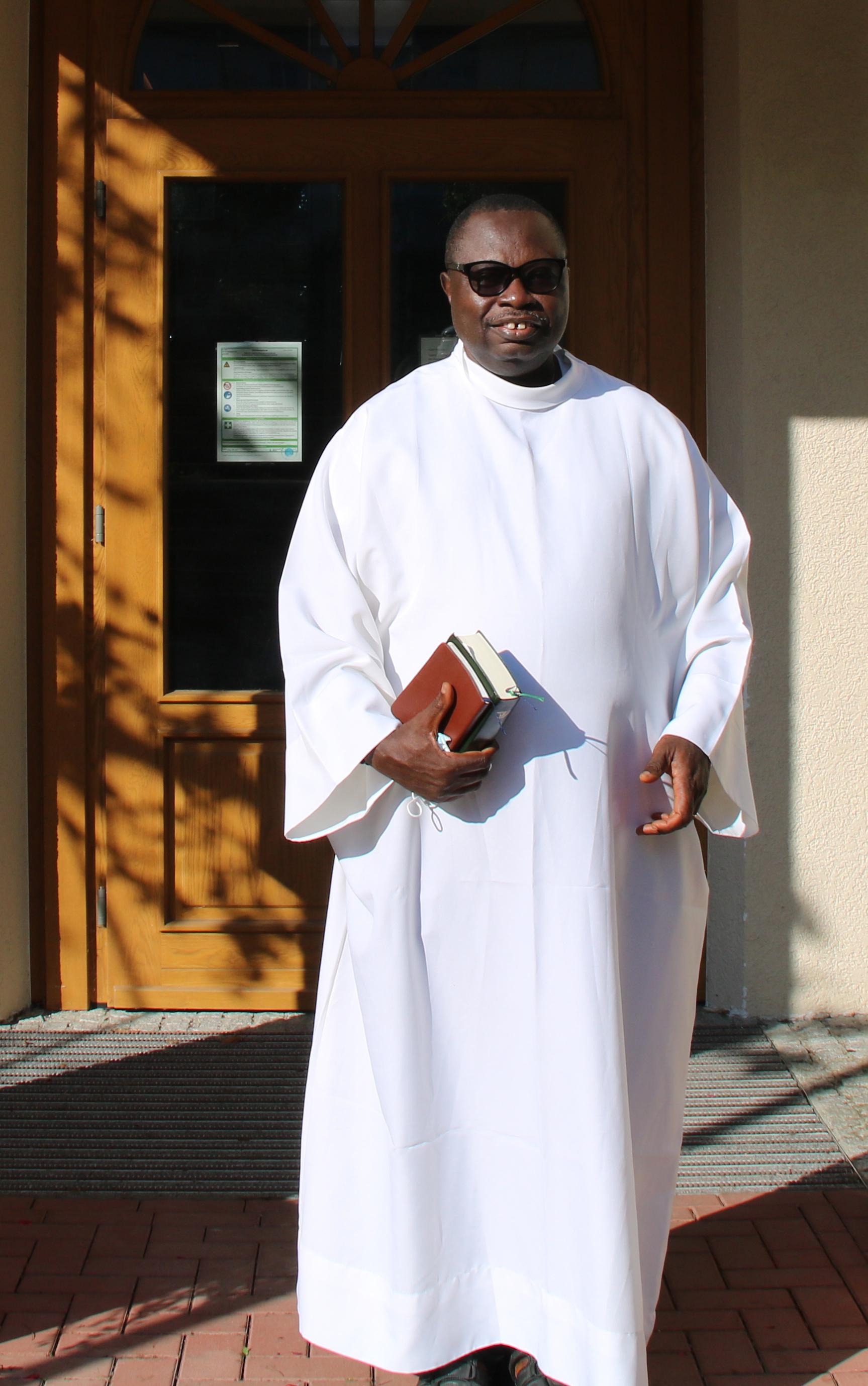 """Sierra Leona: """"Sacaron a Dios de la solución, cuando Dios es la solución"""""""